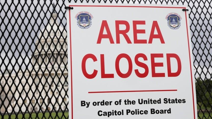 Ebenso wie Trumps Facebook-Account bleibt auch das erstürmte Kapitol noch aus Sicherheitsgründen geschlossen.