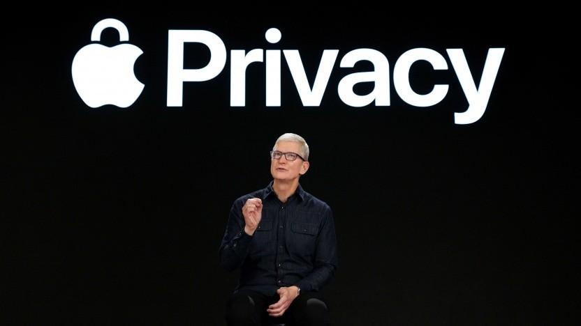 Tim Cook, Apple-CEO, kündigt Privatsphäre-Funktionen an.