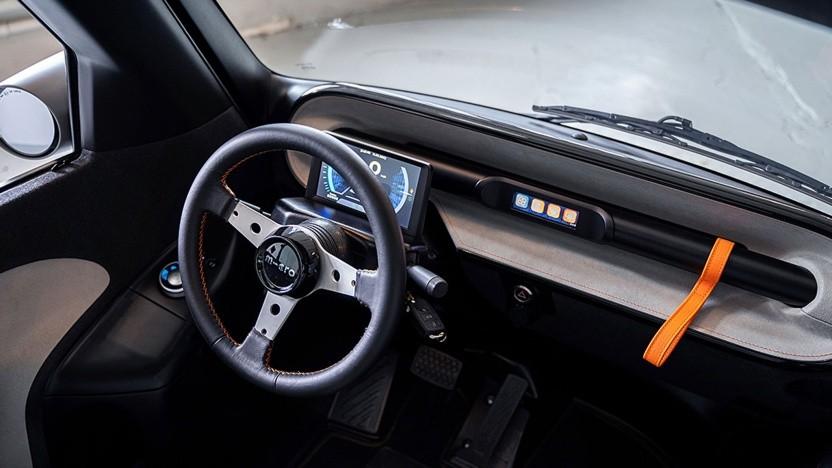 Der Microlino hat jetzt zwei Displays im Cockpit.