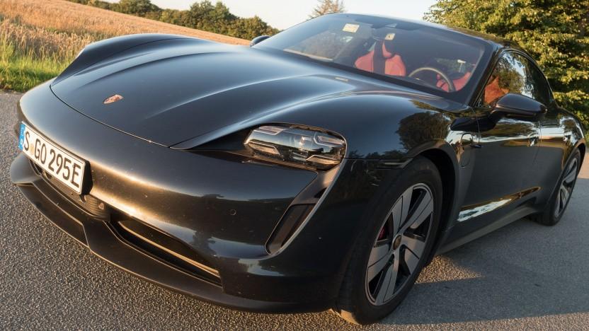 Der Taycan ist bislang Porsches einziges vollelektrisches Modell.