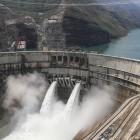 Baihetan: China nimmt zweitgrößtes Wasserkraftwerk in Betrieb