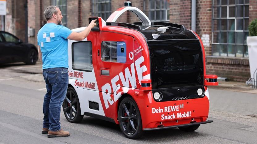 Rewe und Vodafone testen das Snackmobil in Köln.