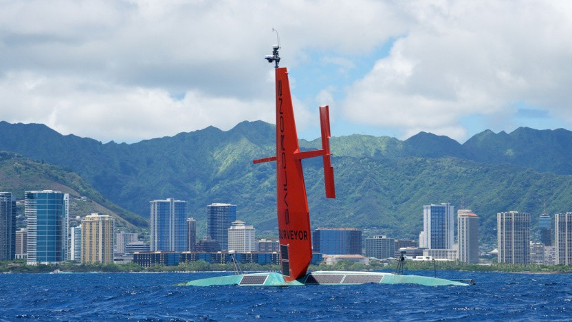Saildrone Surveyor kommt in Honolulu auf Hawaii an.
