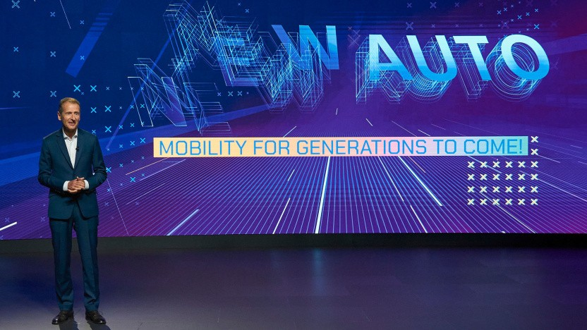 CEO Herbert Diess präsentiert New Auto.