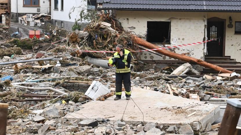 Die Kommunikation ist in den Hochwassergebieten weiterhin stark gestört.