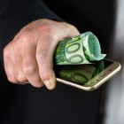 Mobilfunkanbieter: Alter Tarif verlangt weiter rund 19.000 Euro für 1 GByte