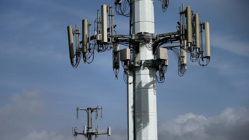 Mit einem Cell Broadcast können Warn-SMS an alle Handys in einer Mobilfunkzelle geschickt werden.