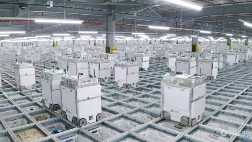 Die Lagerhäuser von Ocado werden von tausenden Robotern bedient.