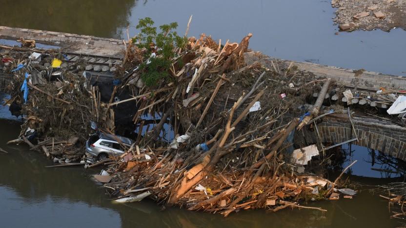 In vielen Regionen Deutschlands ist die Infrastruktur aufgrund von Überflutungen zerstört.