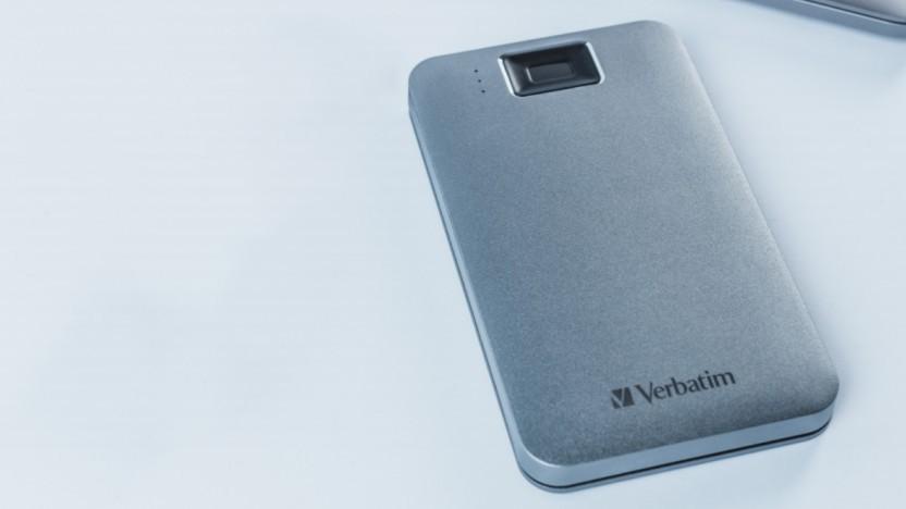 Bei Verbatims externer Festplatte werden Daten mit Fingerabdruck entsperrt.