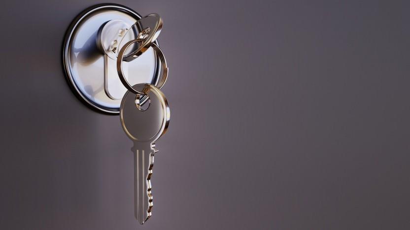 Zwei Schlüssel und ein Schloss