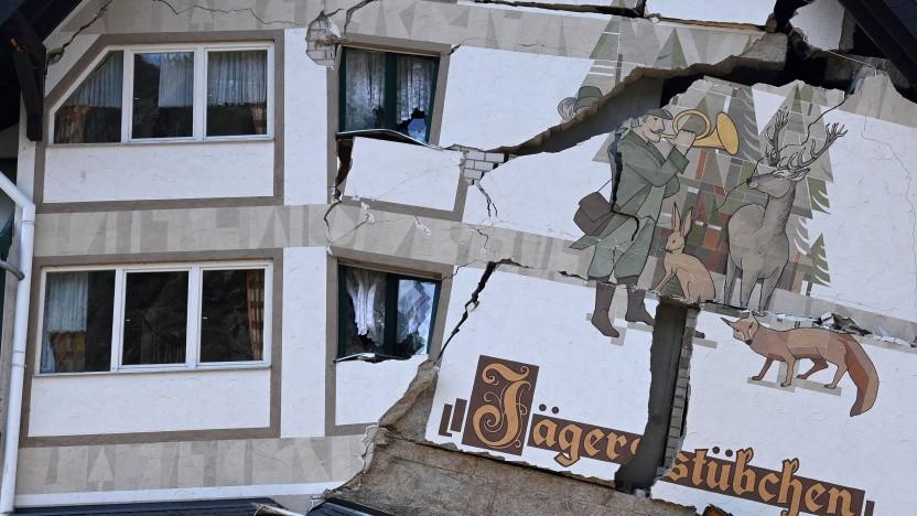 Schäden an einem Haus in Rheinland-Pfalz am 23. Juli 2021