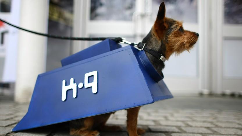 Die E-Mail-App ist nach dem Roboterhund K-9 aus Doctor Who benannt, hier im Cosplay.