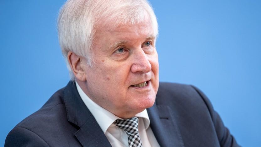 Laut Seehofer sind die Widerstände gegen Cell Broadcast innerhalb der Regierung überwunden.