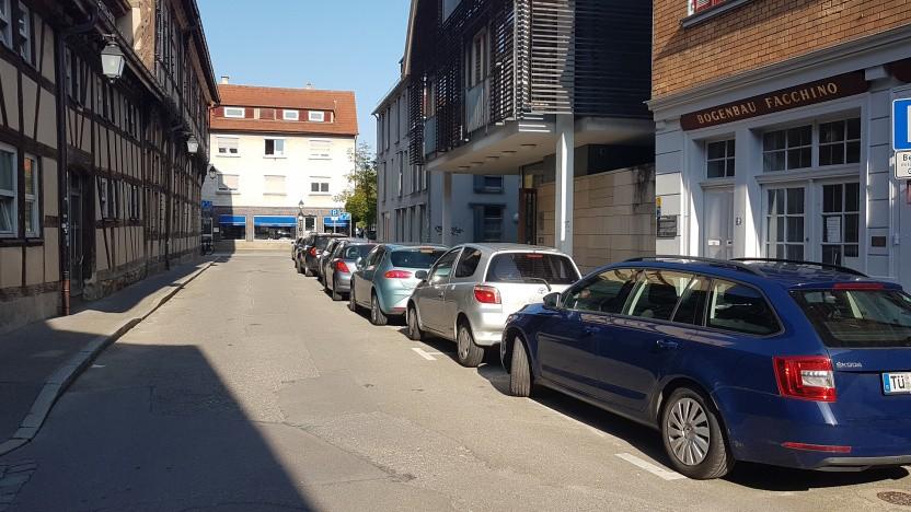 Anwohnerparken in Tübingen soll doch nicht so stark verteuert werden.