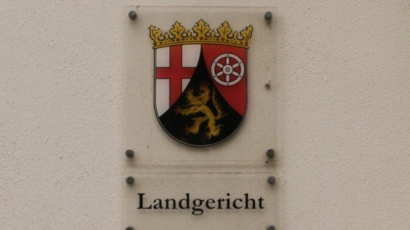 Der Angeklagte Michiel R. wird das Landgericht Trier vorerst nicht mehr in Handschellen betreten müssen.