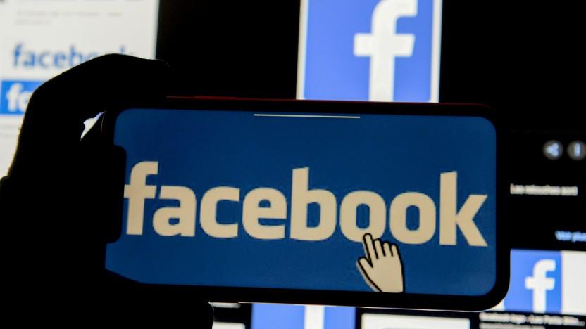 Facebook muss Nutzer vor der Löschung von Beiträgen anhören.