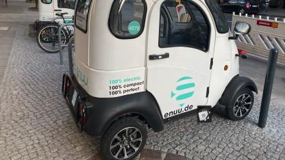 Enuu: Bürgersteig-Parken führt zu Aus von Mini-Autos