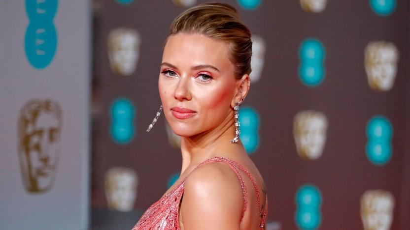 Scarlett Johansson hat Disney verklagt.