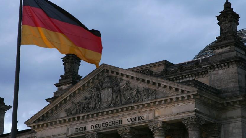 """Unter dem Motto """"Wir dokumentieren Deutschland"""" sorgen Open-Data-Aktivisten nun für freie Dokumentationen von Regierungs-APIs."""
