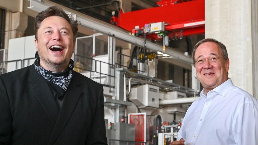 Elon Musk und Armin Laschet in Grünheide