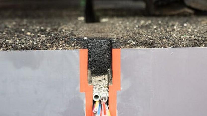 Nano-Trenching im Querschnitt