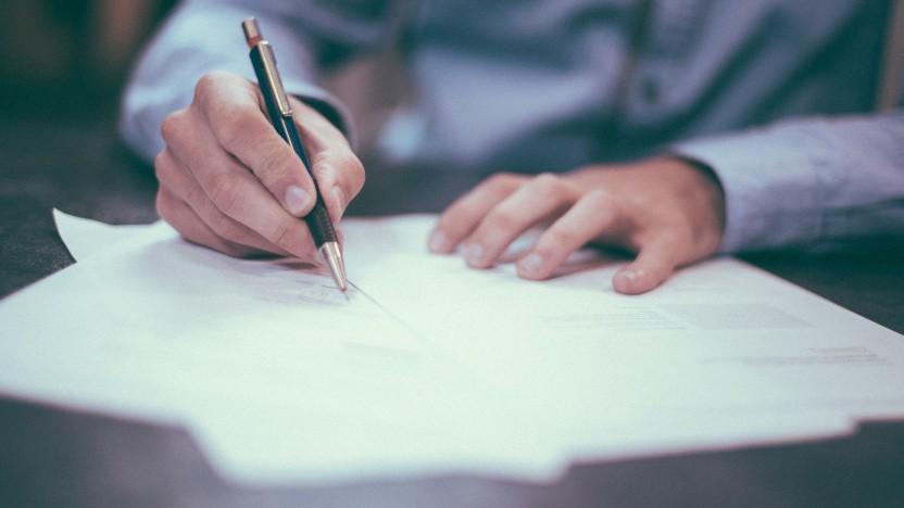 Heutzutage wird nicht mehr nur auf Papier unterschrieben.