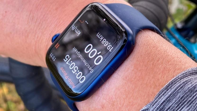 Eine Apple Watch Series 6