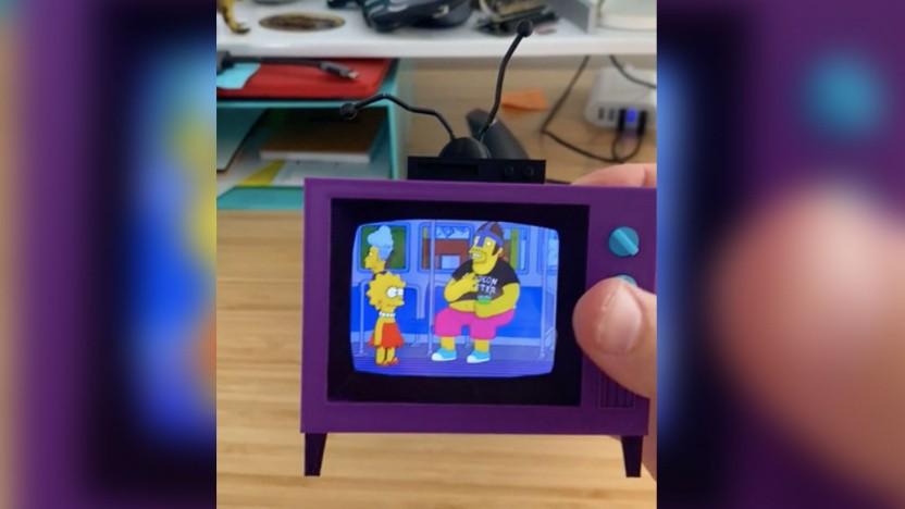 Einmal fernsehen wie Homer Simpson: Dieses Bastelprojekt aus dem 3D-Drucker macht es möglich.