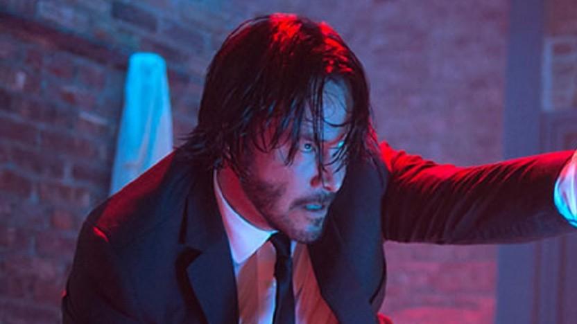 Keanu Reeves (John Wick) wird auch in Matrix 4 mit Bart und langen Haaren zu sehen sein.