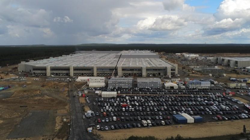 Der Bau der Tesla-Fabrik in Grünheide ist schon weit fortgeschritten.