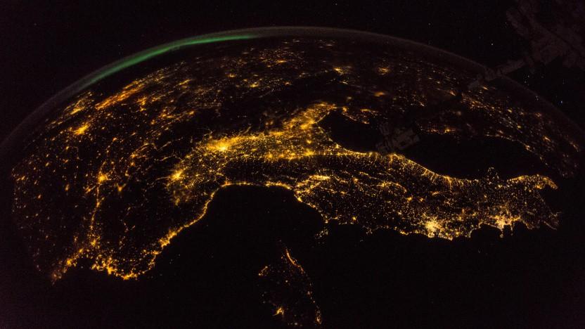 Europa bei Nacht, aufgenommen von der ISS aus