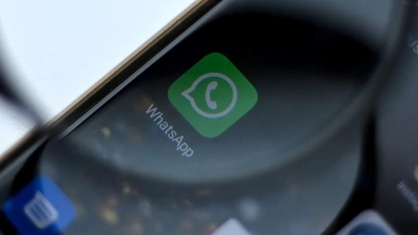 Zu Moderation von Inhalten setzt Whatsapp auf weitergeleitete Nachrichten.
