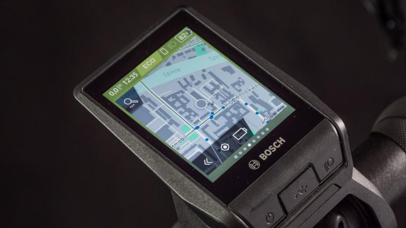Der Nyon von Bosch ersetzt viele Smartphone-Funktionen am Lenker.