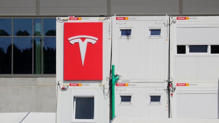 Der Bau des Tesla-Werks in Grünheide bei Berlin sorgt weiter für Streit.