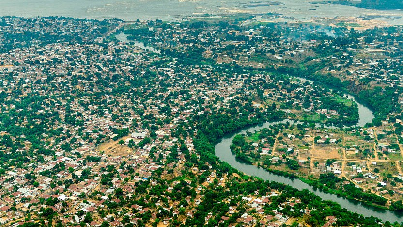 Daten über den tiefsten Fluss der Welt senden: Project Taara