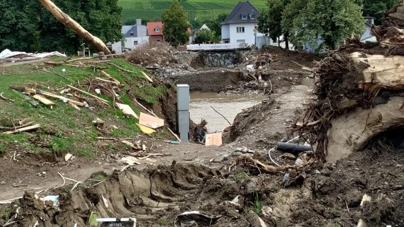 Die Hochwasserschäden im Ahrtal und anderswo haben klargemacht, dass auch Deutschland von der Klimakrise direkt bedroht ist.