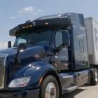 Mit Sicherheitsfahrer: Fedex setzt autonome Lkw ein