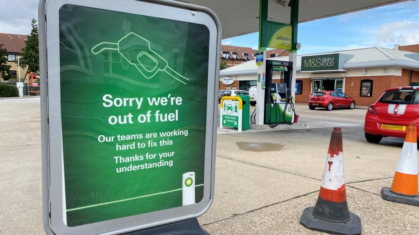 Vielen britischen Tankstellen ist der Sprit ausgegangen.