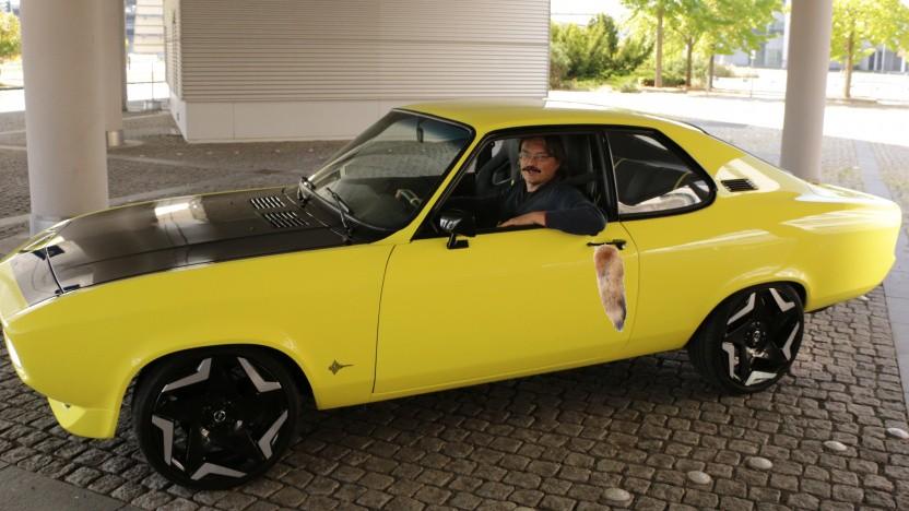 Nur echt mit Schnauzer und Fuchsschwanz: Der Opel Manta