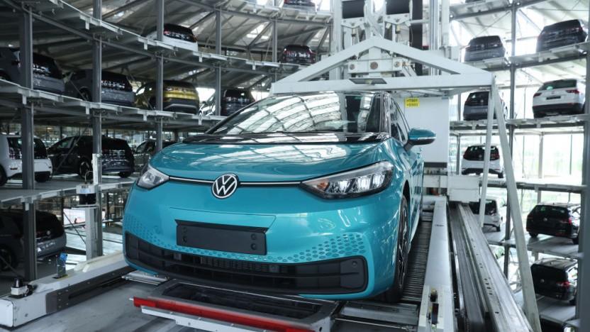 Bei VW laufen täglich 1.200 ID.3-Exemplare vom Band.