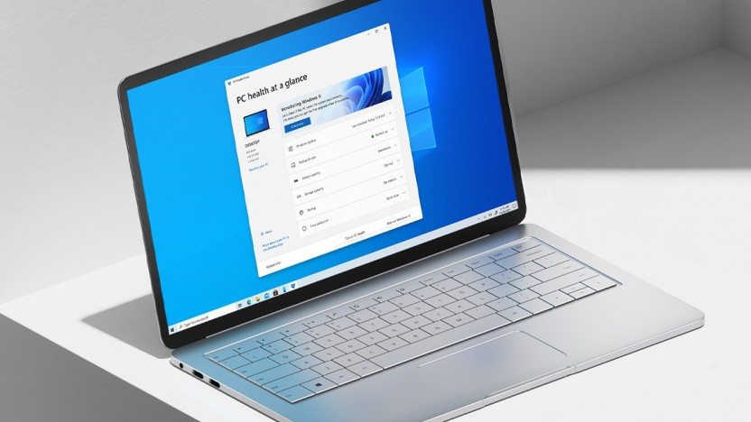 Laptop mit PC Health Check App für Windows 11