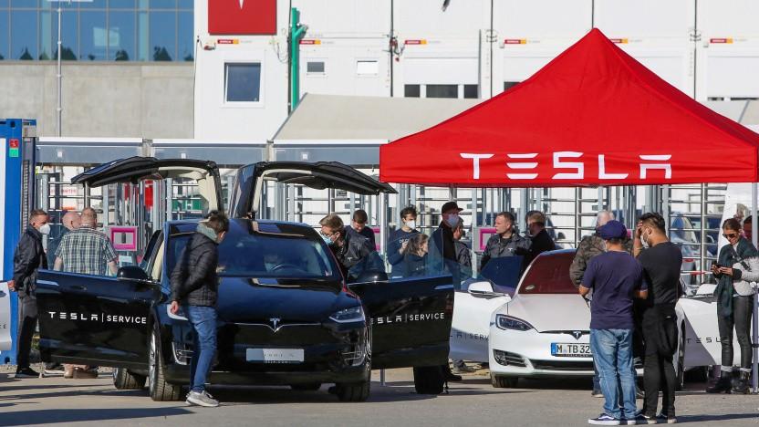 Offener Tag der Tesla-Fabrik in Berlin-Grünheide