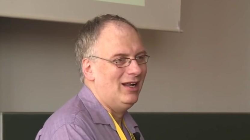 Jörg Schilling bei einem Vortrag auf dem Vintage Computing Festival Berlin