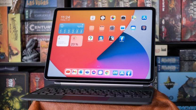 Das aktuelle iPad Pro mit 12.9-Zoll-Display verwendet ein LC-Display mit Mini-LED.