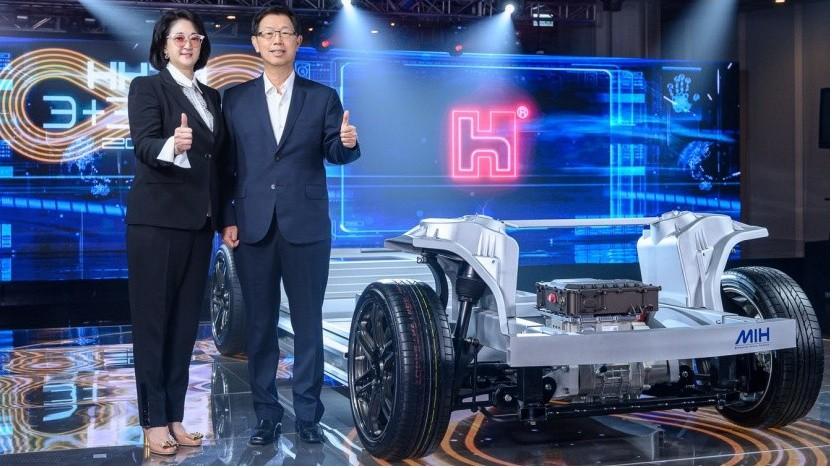 Foxconn zur Präsentation seiner E-Auto-Plattform 2020