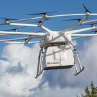 Volocopter VoloDrone: Riesige elektrische Schwerlastdrohne hebt mit Europalette ab