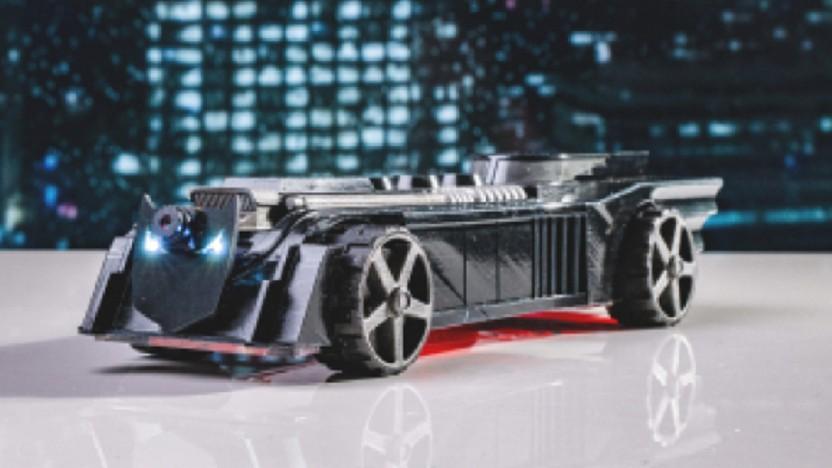 Das Circuitmess Batmobile sieht cool aus und lehrt etwas Coding.