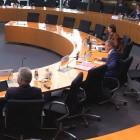 Geheimdienstchefs im Bundestag: Nachrichtendienste wollen weiter Spionagetools zukaufen