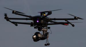 Hexacopter im Flug (Foto: Werner Pluta/Golem.de), Drohne